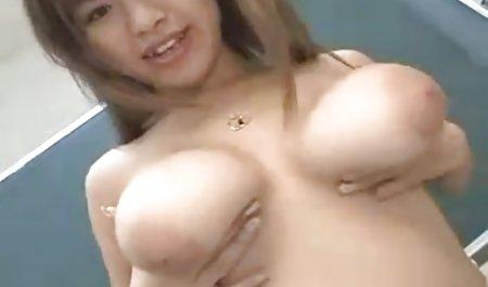 Hot ibu pengasuh bokep mom big bayi basah