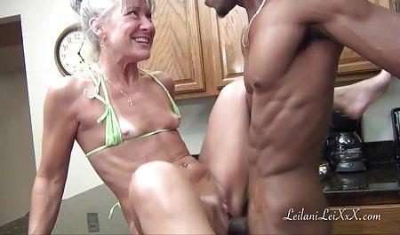 Dani bokep big mom masturbasi