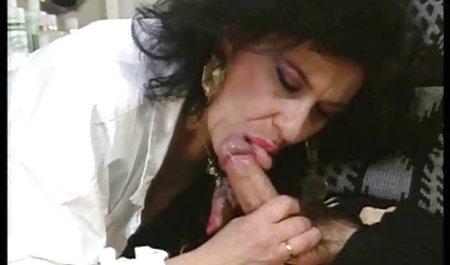 Di bokep lesbian mom (1977)