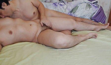 Saya akan mengajarkan anda bagaimana bokep mom yoga untuk melakukan Oral seks seperti gadis nyata, Banci