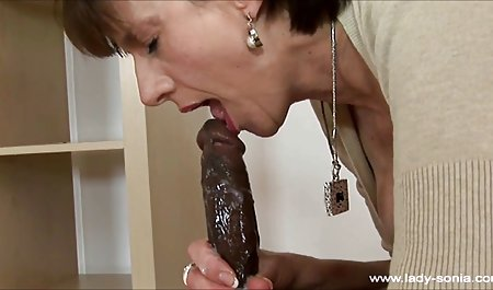 Terangsang Rambut Coklat Takes A bokep mom full Big Hard Cock