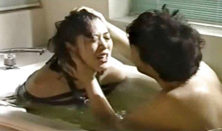 Toket besar rambut pirang Claudia Valentine mendapat bercinta dengan bokep massage mom penis besar
