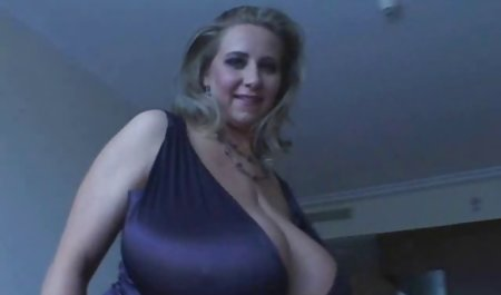 Berikut menggoda tukang bokep mom seks 2