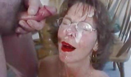 Terkenal Maria berpose telanjang di bokep jav mom
