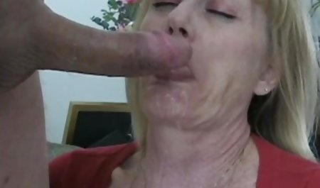 Bukkake bokep lesbian mom hentai games